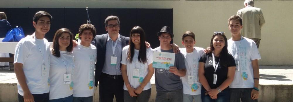 """Liceo Bicentenario de Colina participa en el 1er Congreso de Educación Kosmopolitis """"Ciudadano del mundo, pensar global y actuar local"""""""